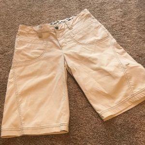 ATHLETA Bermuda Shorts tan Sz 4 slouch?
